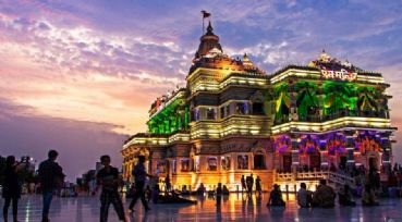 Tour Vrindavan a major pilgrimage for the Hindus
