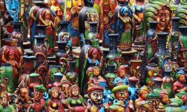 What to buy during a holiday in India
