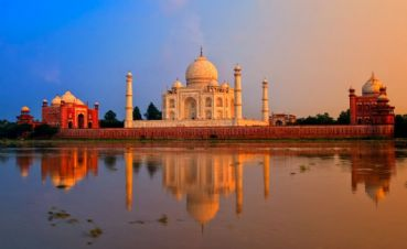 Visit Agra and Taj Mahal