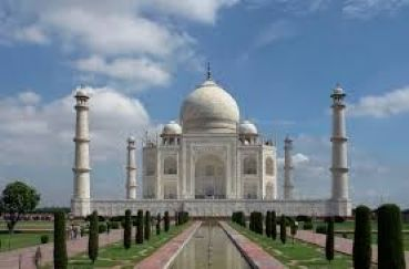 Tour Taj Mahal with extension to Kerala Backwaters and Ayurvedic